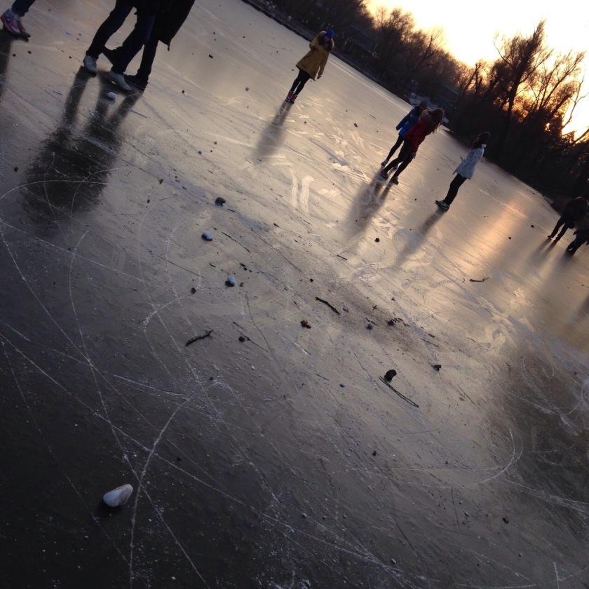Moskova donmuş göl kış